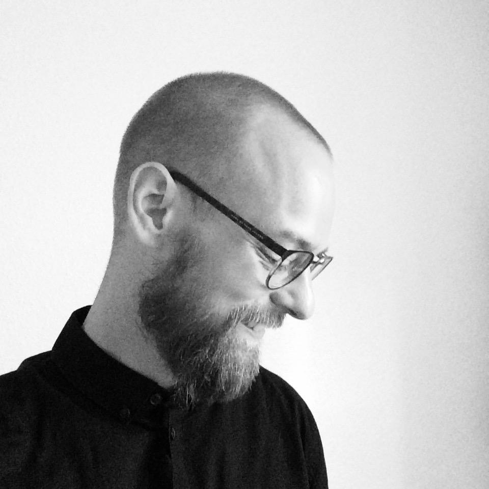 Daniel Hjortkær Cross. Kuriøs.dk – profil